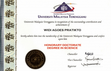 UMT Conferred the Title of Doctor Honoris Causa...